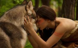 Girl wolf friendship Wallpapers Pictures Photos Images 1139