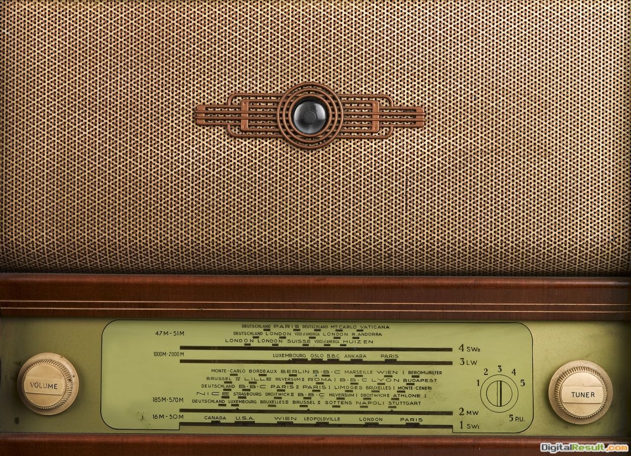Vintage Radio Wallpaper radio r11501 wall muralswallpaper rebel 544