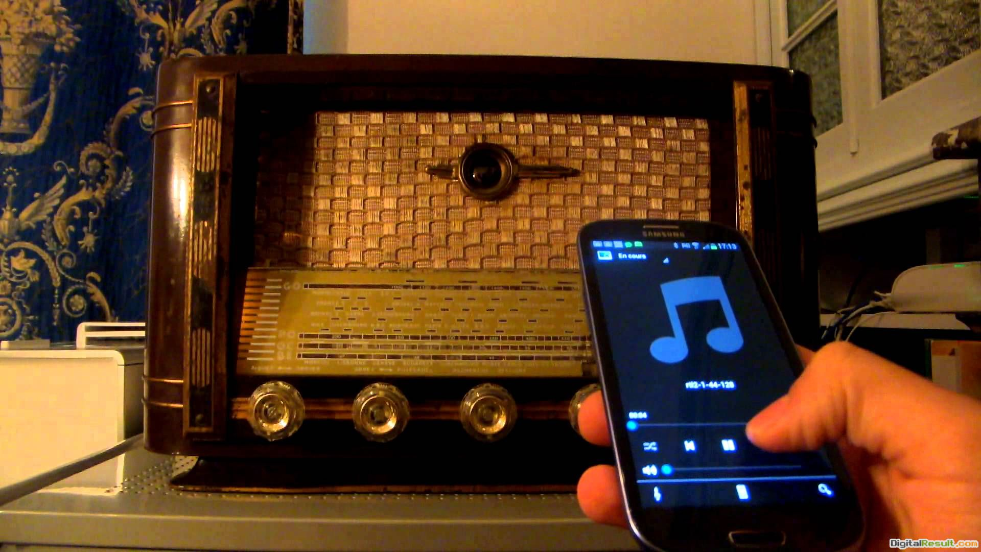 Vintage Radio Wallpaper Reelapi : vintage radio from 1672