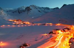 Night lights at the ski resort Tignes, France | The best wallpapers 1046