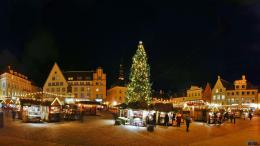 Christmas Wallpaper 1920x1080 France Christmas Ski Resort on Pinterest 1325