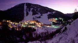 Ski resort in purple light wallpaper 1820