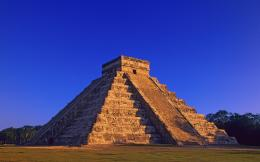 Known places: Mayan Pyramid, desktop wallpaper nr56586 by Striker 477