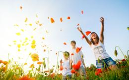 Family Happiness wallpapers and imagesdownload wallpapers 210