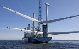 Assembling wind turbines wallpaper261753 1735