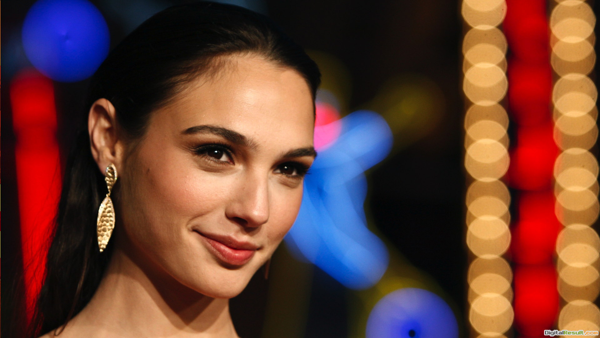 Gal Gadot HD Wallpaper FreeDownload Gal Gadot HD Wallpaper 1531